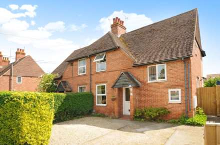 3 Bedroom House, Barley Close, Wallingford