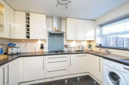 3 Bedroom Semi-Detached, Fir Tree Avenue, Wallingford