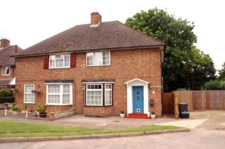 3 Bedroom Detached, Rothwells Close, Cholsey