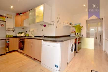 Property For Sale Huxley Road, Edmonton, London