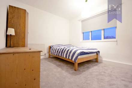 Room (Double), St Charles Square, Ladbroke Grove