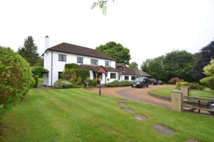 5 Bedroom Detached, Manor House Lane, Great Bookham, KT23 4EL