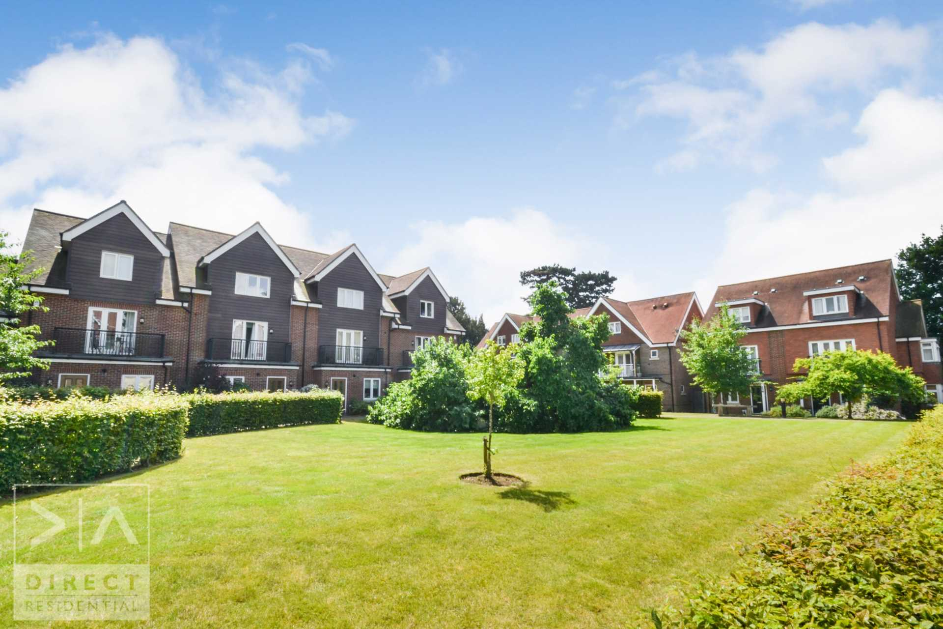 Mulberry Way, Ashtead, KT21 2FE, Image 16