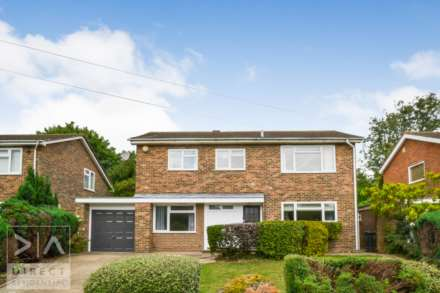 5 Bedroom Detached, Rose Bushes, Epsom, KT17 3NT