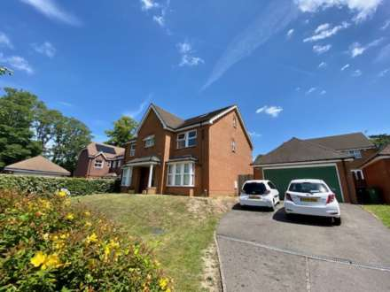 7 Bedroom Detached, Quarry Gardens, Leatherhead, KT22 8UE