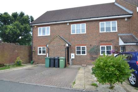 Property For Rent Hawthorne Place, Epsom