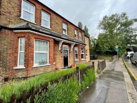 Property For Rent Hook Road, Epsom