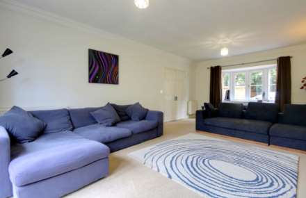 5 BED OFFERED FURNISHED & AVAILABLE June 2021, Image 10