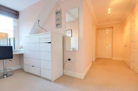5 BED OFFERED FURNISHED & AVAILABLE June 2021, Image 13