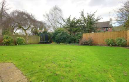 5 BED OFFERED FURNISHED & AVAILABLE June 2021, Image 2