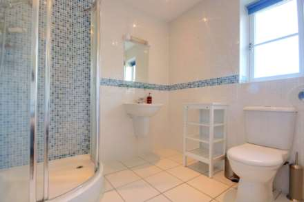 5 BED OFFERED FURNISHED & AVAILABLE June 2021, Image 7