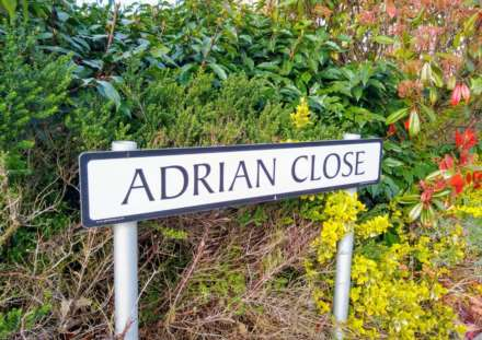 Adrian Close, Boxmoor, Image 16