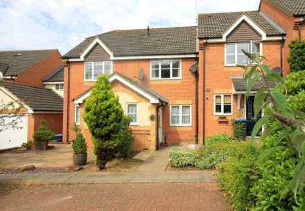 2 Bedroom House, 2 DOUBLE BEDROOM HOME IN THORNE CLOSE, BOXMOOR