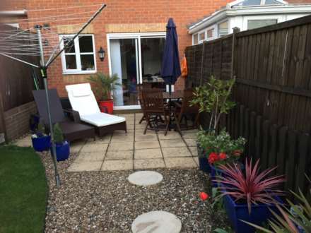 2 double bedrooms, Thorne Close, Boxmoor, Image 7