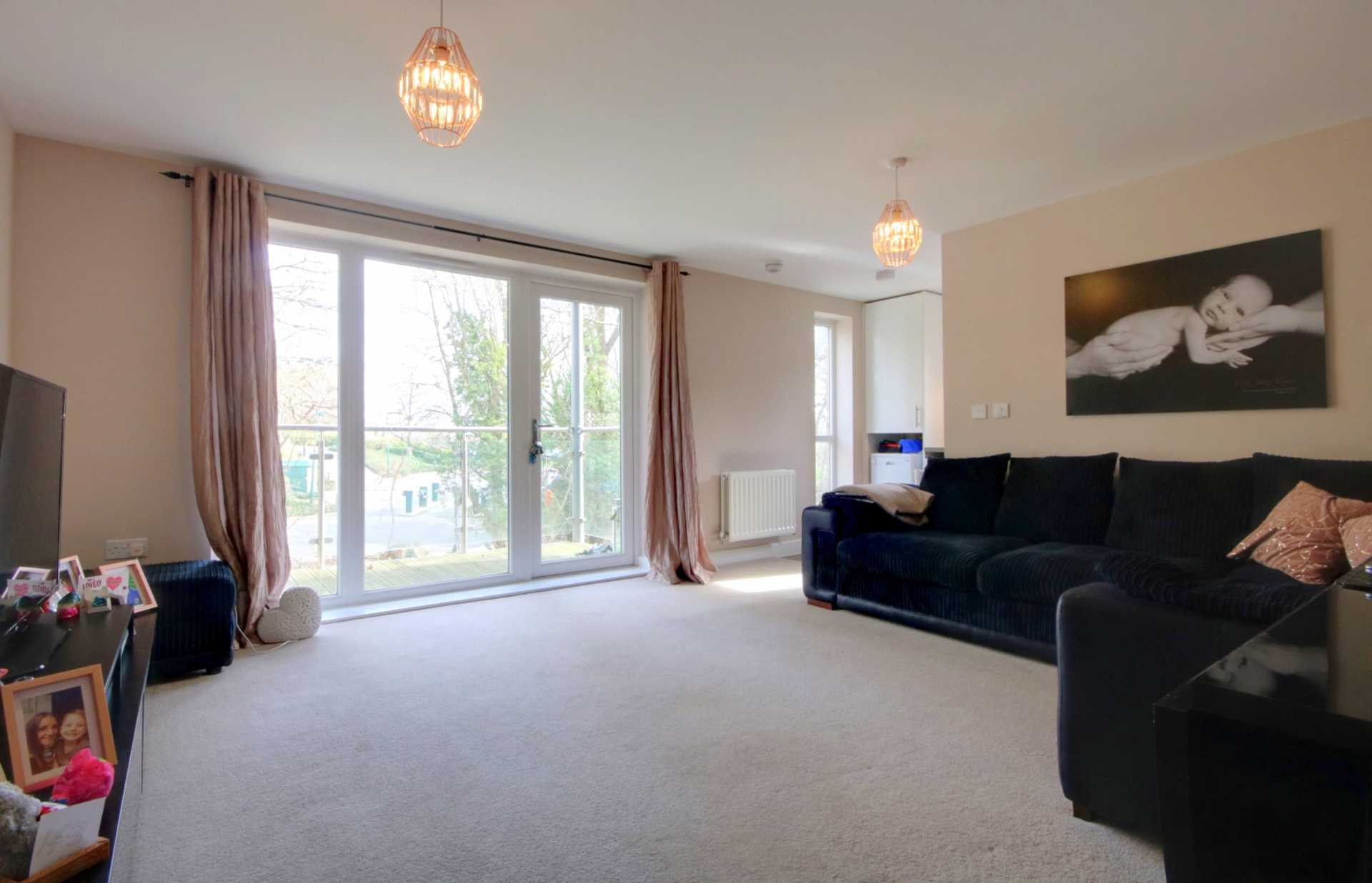 2 DOUBLE BED APARTMENT WITH 2 PARKING SPACES ON MODERN DEVELOPMENT., Image 3