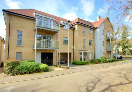 2 DOUBLE BED APARTMENT WITH 2 PARKING SPACES ON MODERN DEVELOPMENT., Image 1