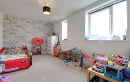 2 DOUBLE BED APARTMENT WITH 2 PARKING SPACES ON MODERN DEVELOPMENT., Image 8