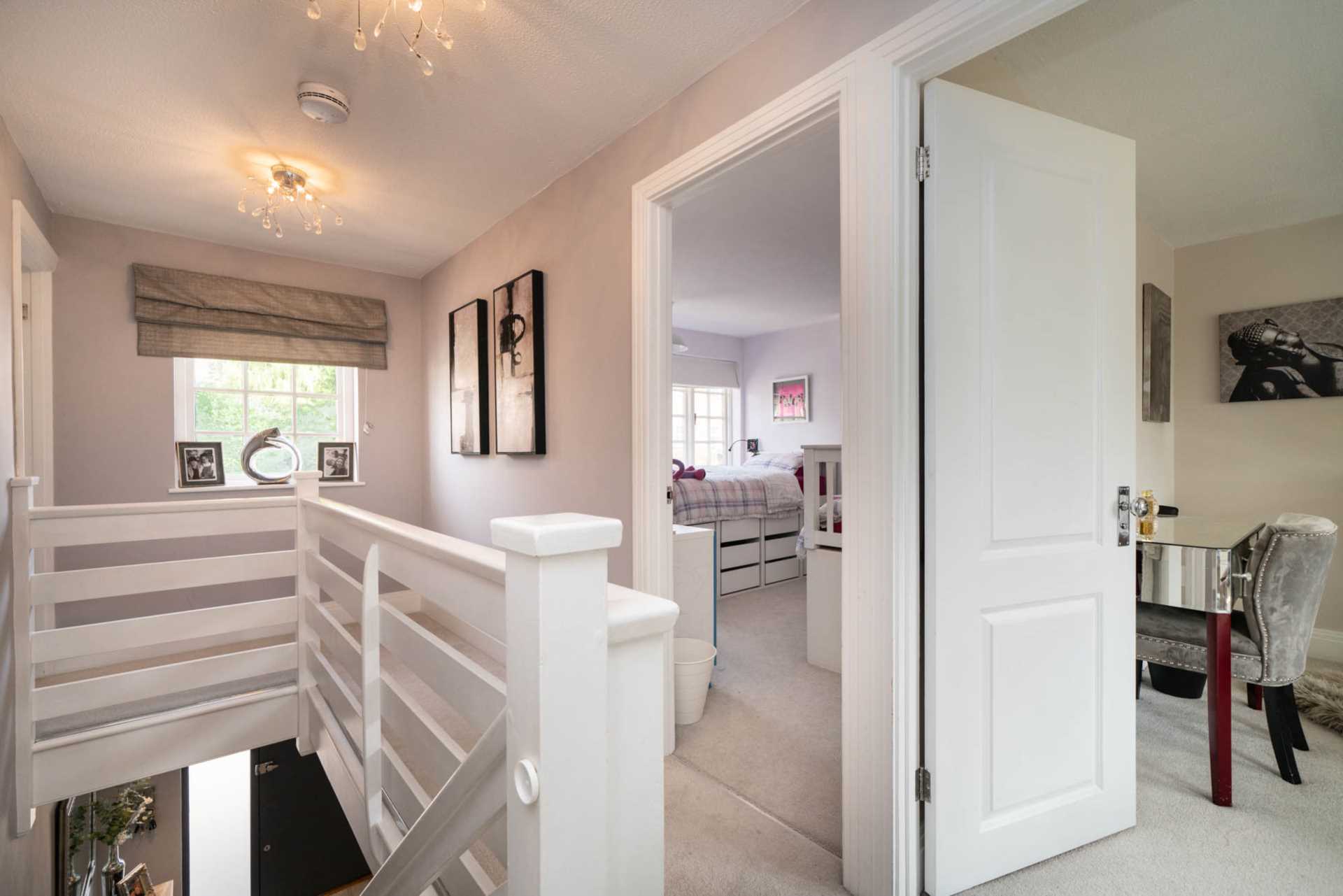 REFURBISHED 4 DOUBLE BEDROOM - SOUGHT AFTER OLD TOWN, HP2, Image 15
