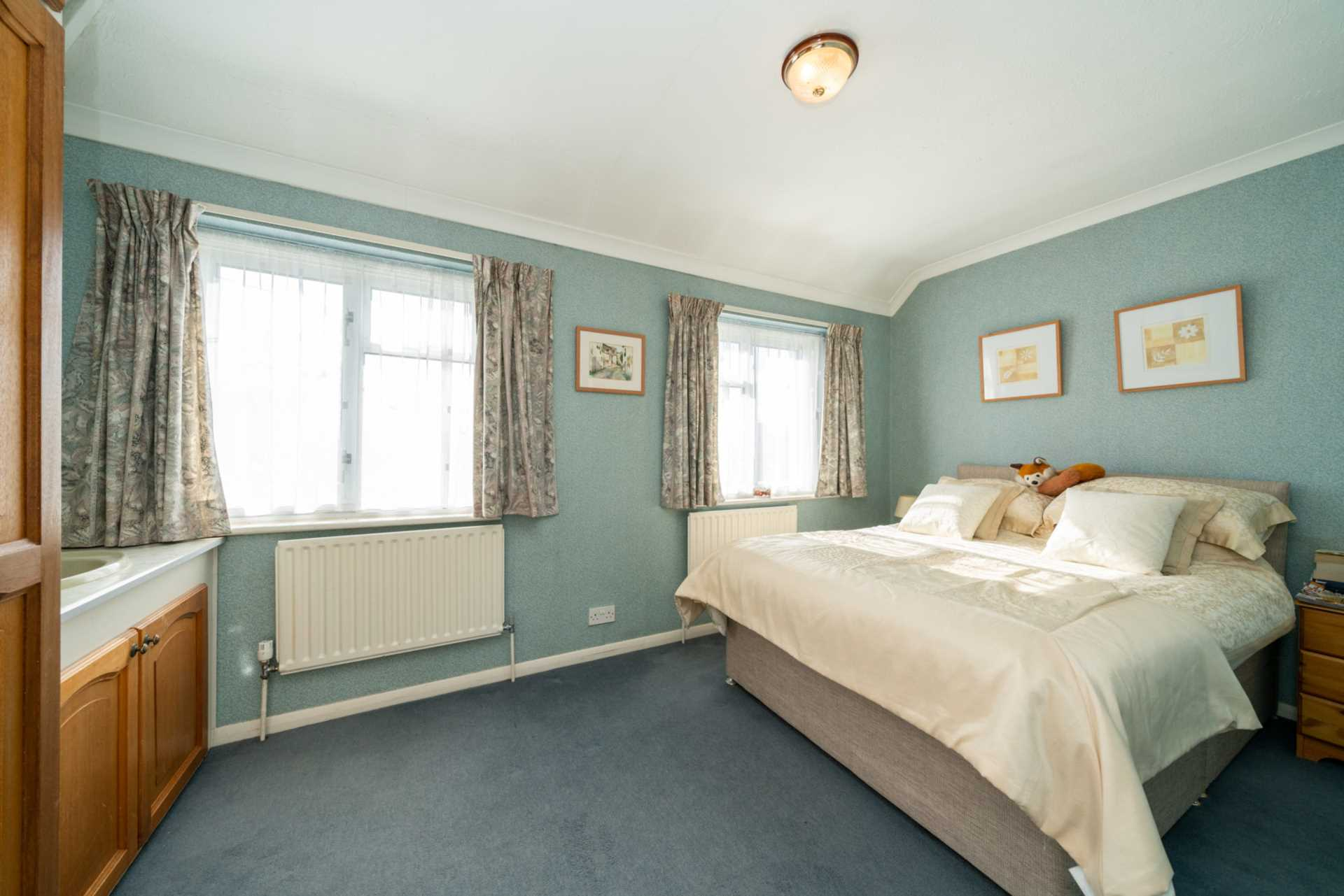 DEVELOPMENT PLOT TO THE REAR, AND ADJACENT TO, EXISTING CHARACTER PROPERTY - Glenview Road, BOXMOOR, HP1, Image 9