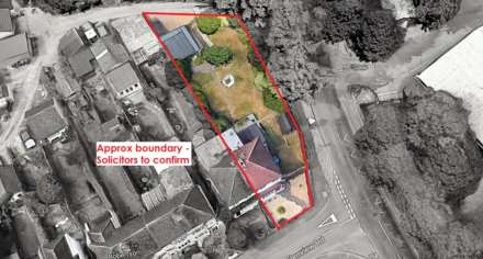 DEVELOPMENT PLOT TO THE REAR, AND ADJACENT TO, EXISTING CHARACTER PROPERTY - Glenview Road, BOXMOOR, HP1, Image 2