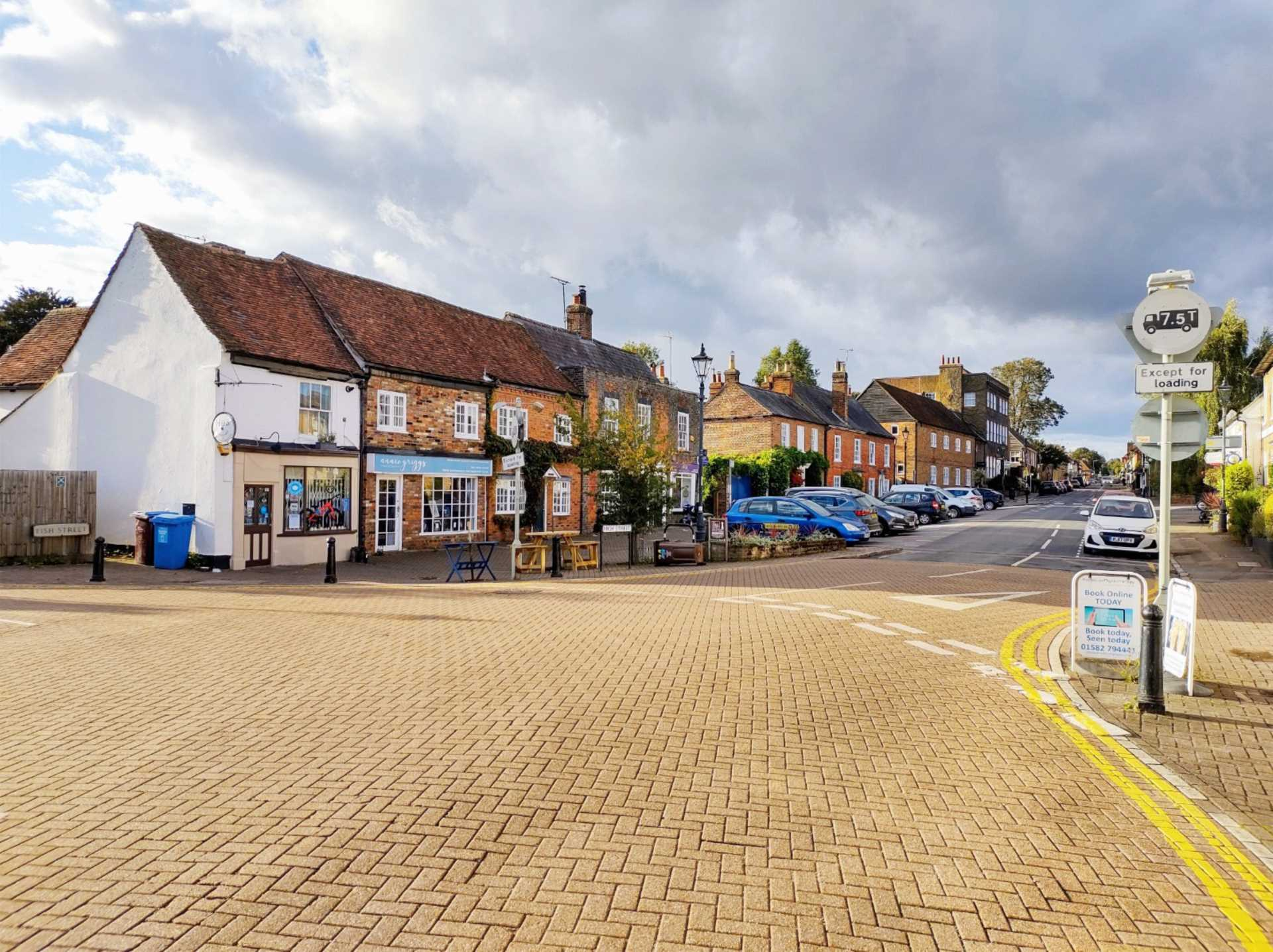 High Street, Redbourn, Image 14