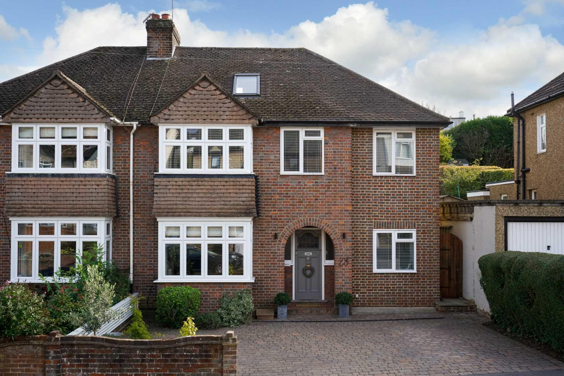 West Valley Road, Manor Estate, Image 1