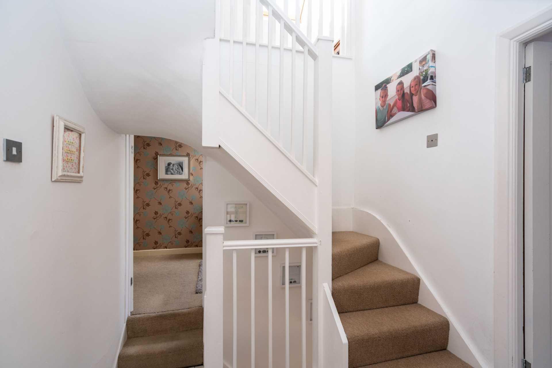 West Valley Road, Manor Estate, Image 18