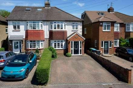 Property For Sale Hilmay Drive, Boxmoor, Hemel Hempstead