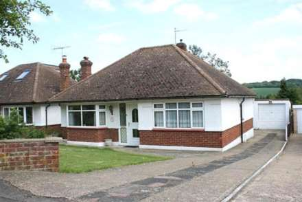 2 Bedroom Bungalow, Covert Road, Berkhamsted