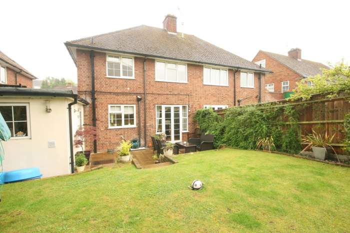 SUPERB 3 BED SEMI IN HEART OF BOXMOOR, Image 7