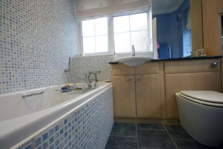 SUPERB 3 BED SEMI IN HEART OF BOXMOOR, Image 14