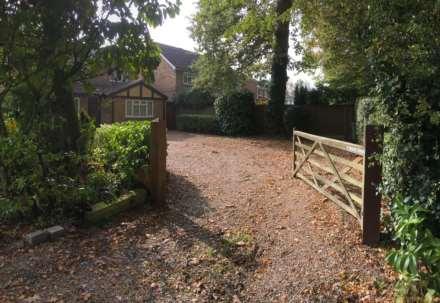 Tile Kiln Lane, Leverstock Green, Image 21