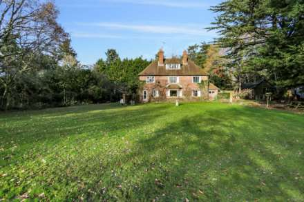 6 Bedroom Detached, Pangbourne, Berkshire