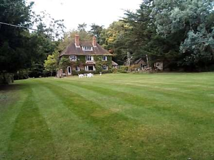 Pangbourne, Berkshire, Image 25