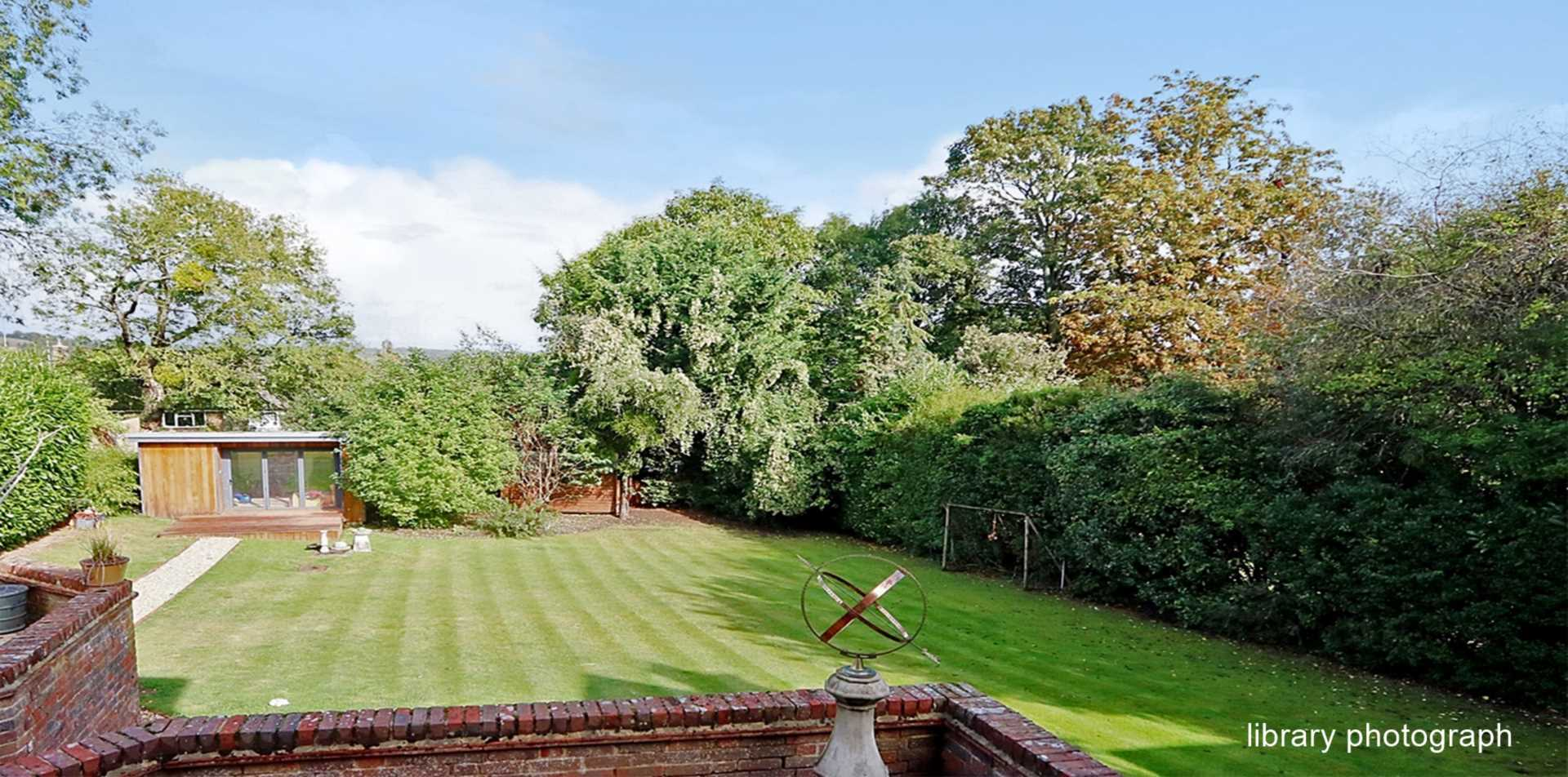 Riverview Road, Pangbourne, Image 5
