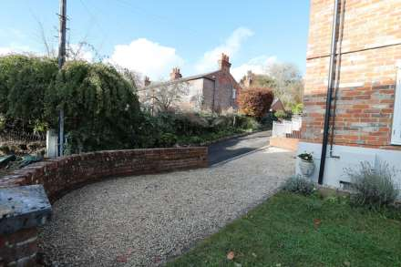 Hardwick Road, Whitchurch-on-Thames, Image 11