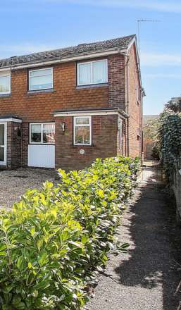 Property For Sale Reading Road, Pangbourne, Reading