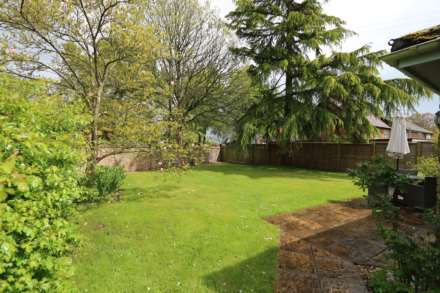 Upper Basildon, Berkshire, Image 4