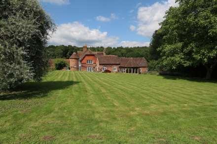 Bucklebury, Berkshire - Yattendon 1½ miles, Image 1