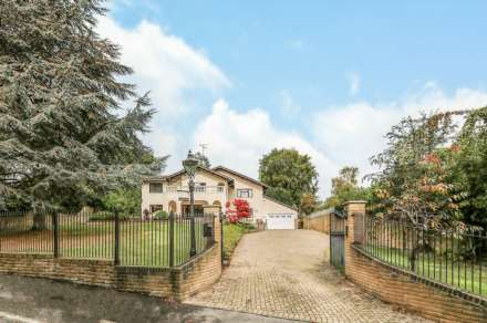 Property For Sale Cedar Drive, Off Flowers Hill, Pangbourne, Reading