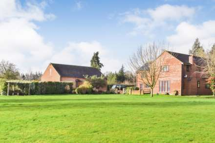 5 Bedroom Detached, Churcham, Gloucestershire