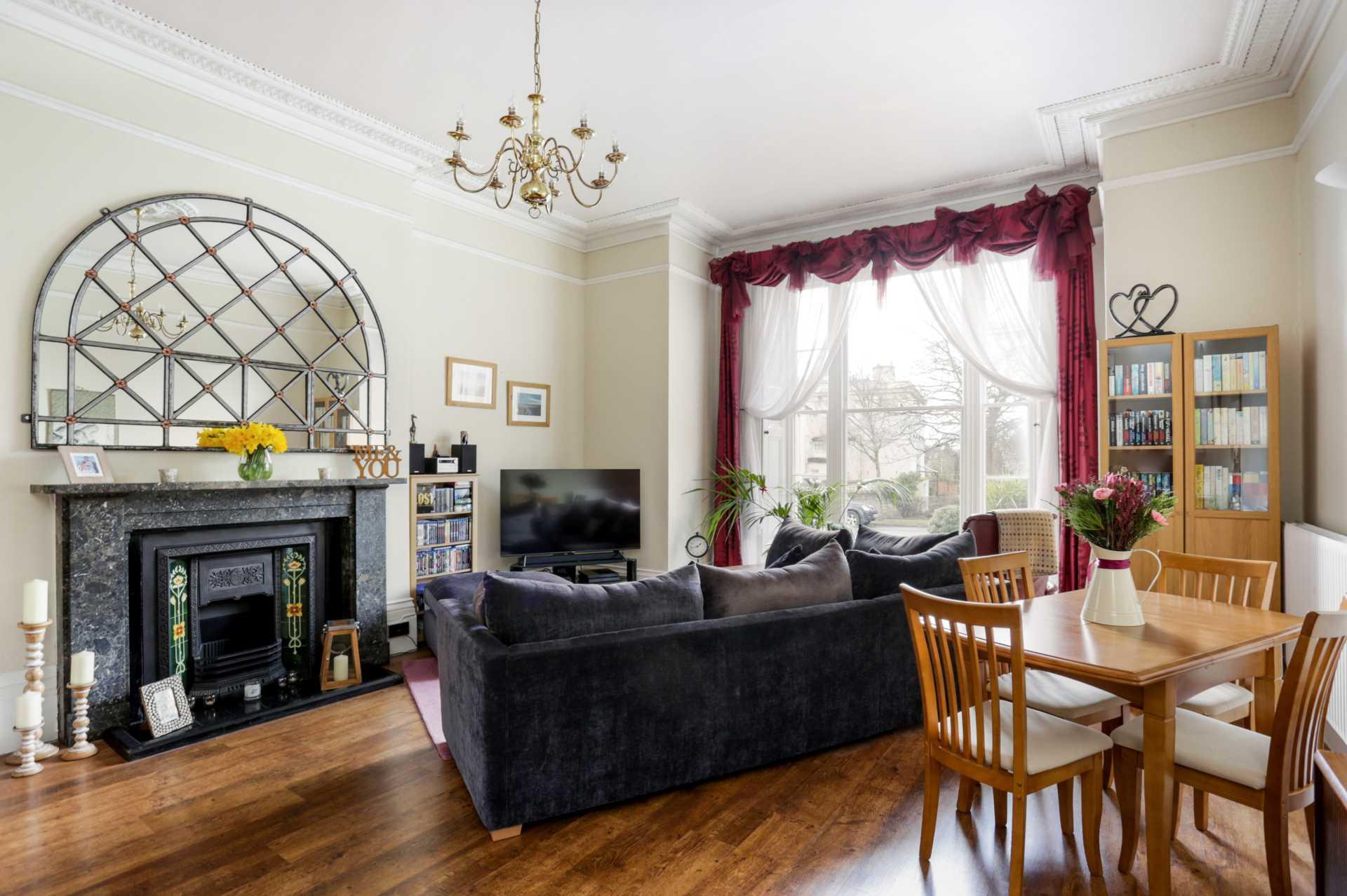 Lansdown Terrace, Cheltenham, Image 2