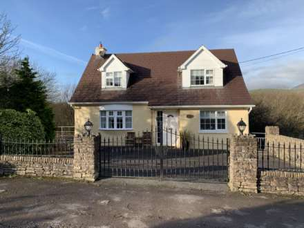 3 Bedroom Detached, Ardrinane, Annascaul