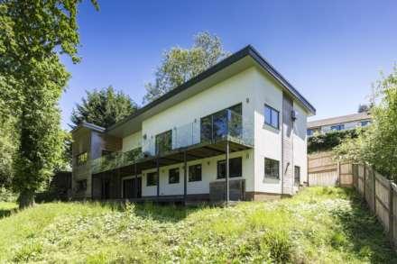 4 Bedroom Detached, Argyle Road, Southborough