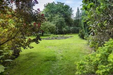 Hilltop, Hunton, Image 13