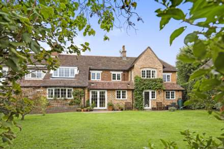 5 Bedroom Semi-Detached, Southfields, Speldhurst