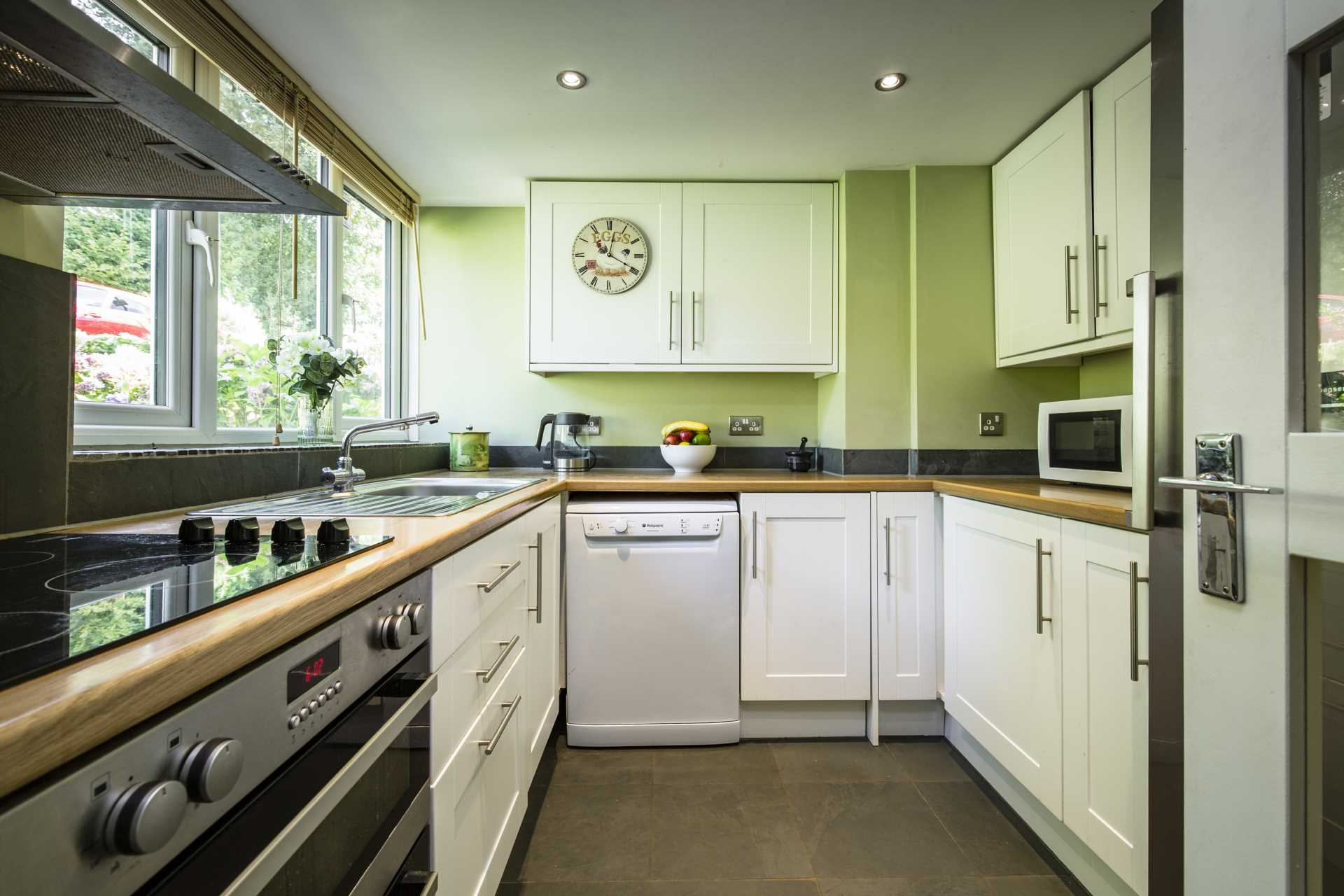 Ashdown Close, Tunbridge Wells, Image 3