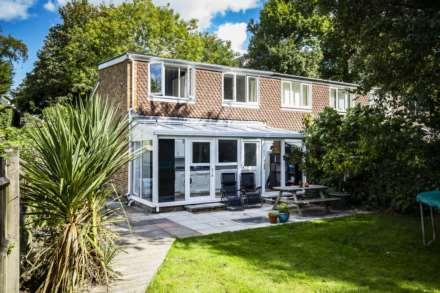 2 Bedroom End Terrace, Ashdown Close, Tunbridge Wells