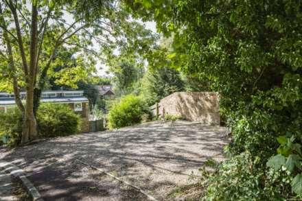 Ashdown Close, Tunbridge Wells, Image 17