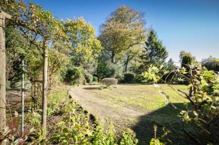 Smythe Close, Southborough, Image 15